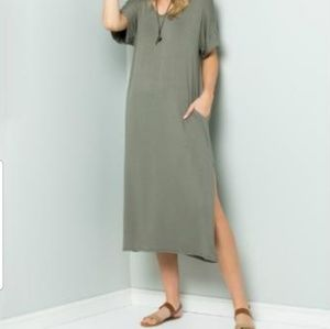 Acting Pro maxi shift dress